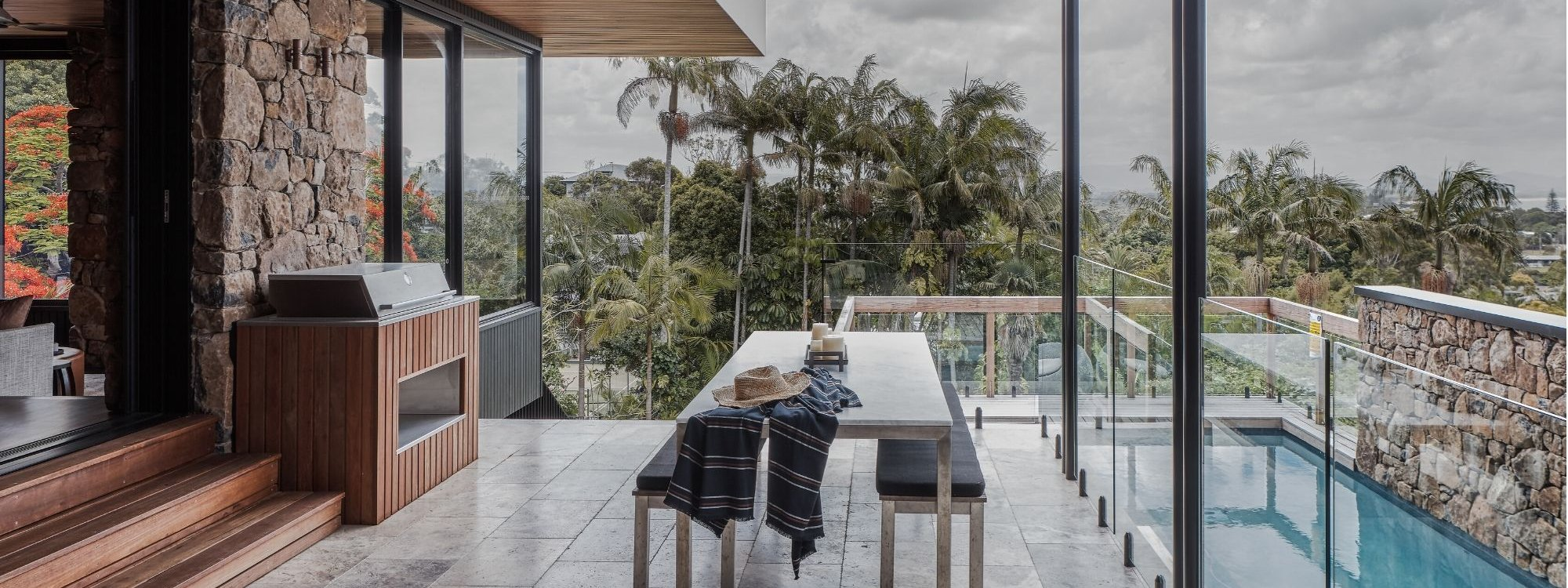 Bay Rock House - Byron Bay - Pool and Outdoor