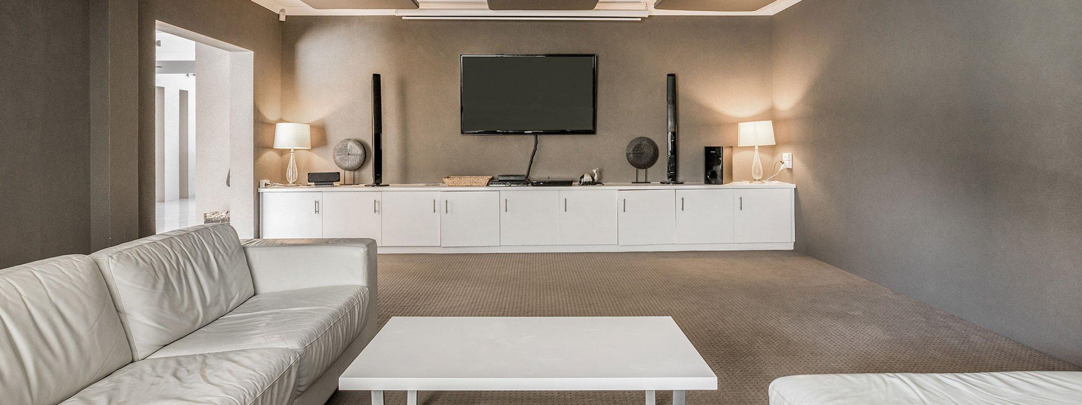 Bella on Banyan - Gold Coast - Main Living Room