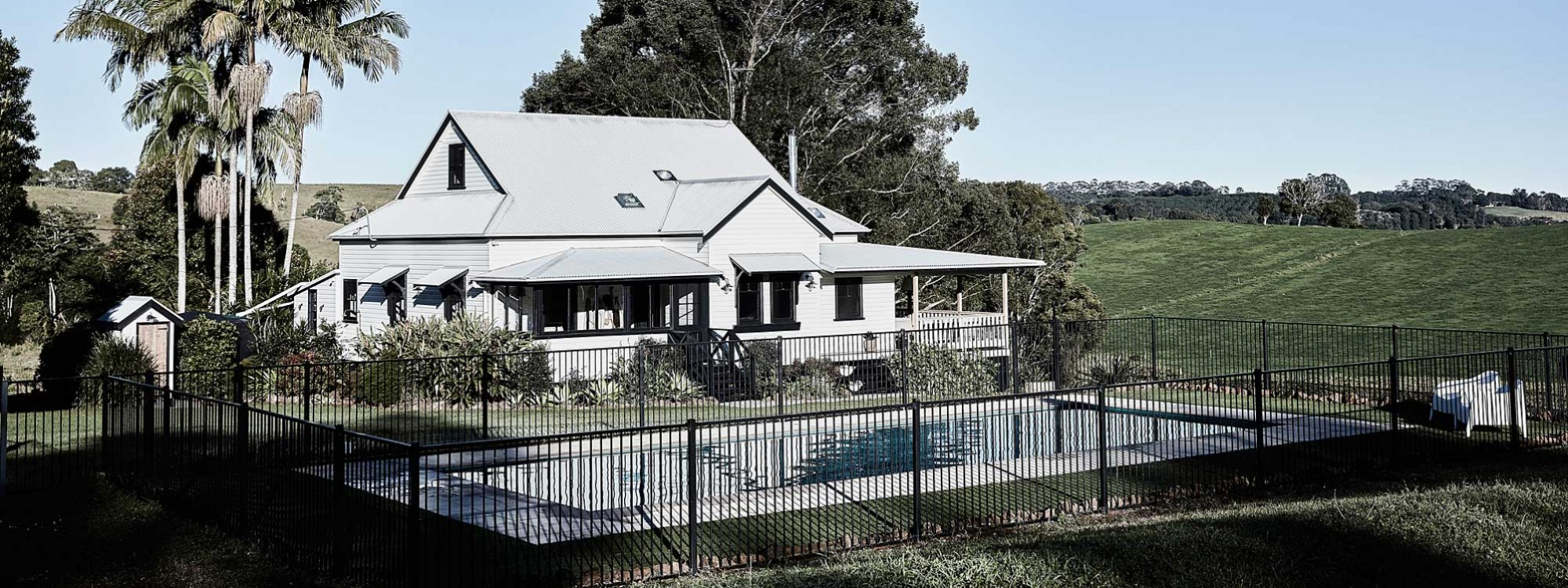Bennys Cottage - Byron Bay - Real Living Shoot Pool