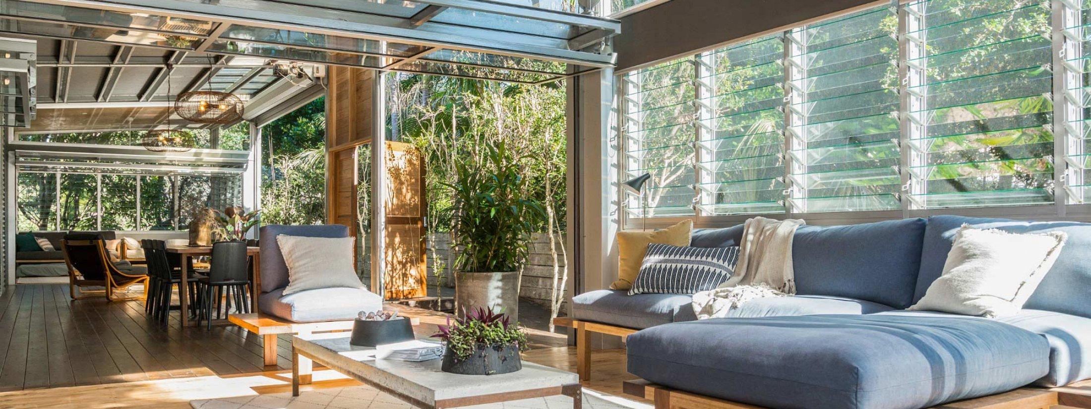 Billabelongil - Byron Bay - Living Room With Dining