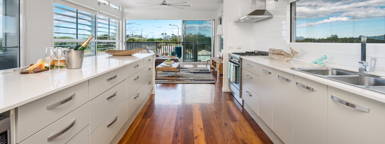 Bluewater House - kitchen