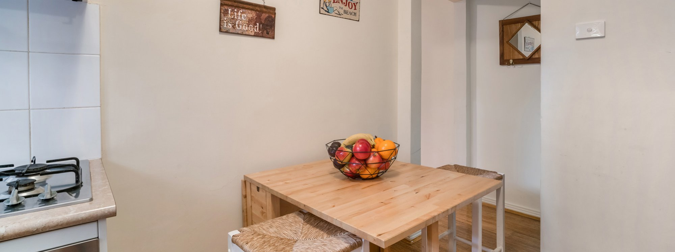 Bondi Beach Peach - Dining