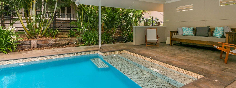 Byron Creek Homestead - Byron Bay - Pool and Cabana b