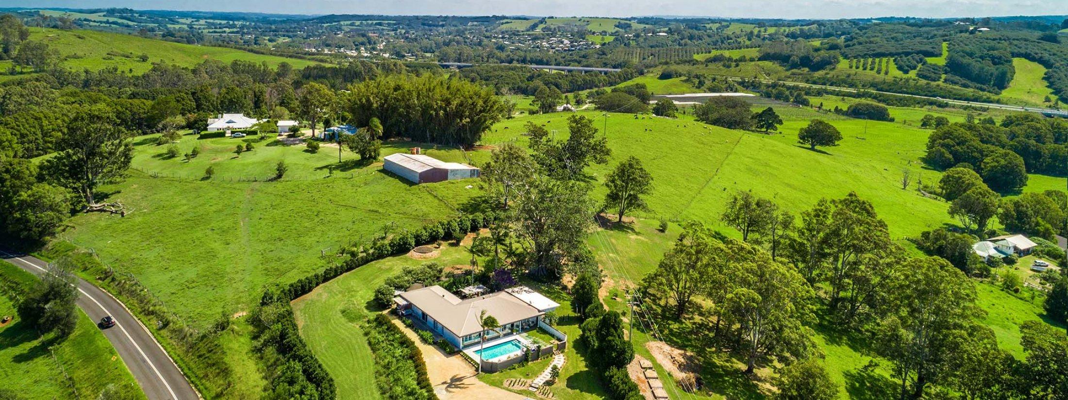 Byron Hills Hinterland Retreat - Byron Bay - Aerial View b