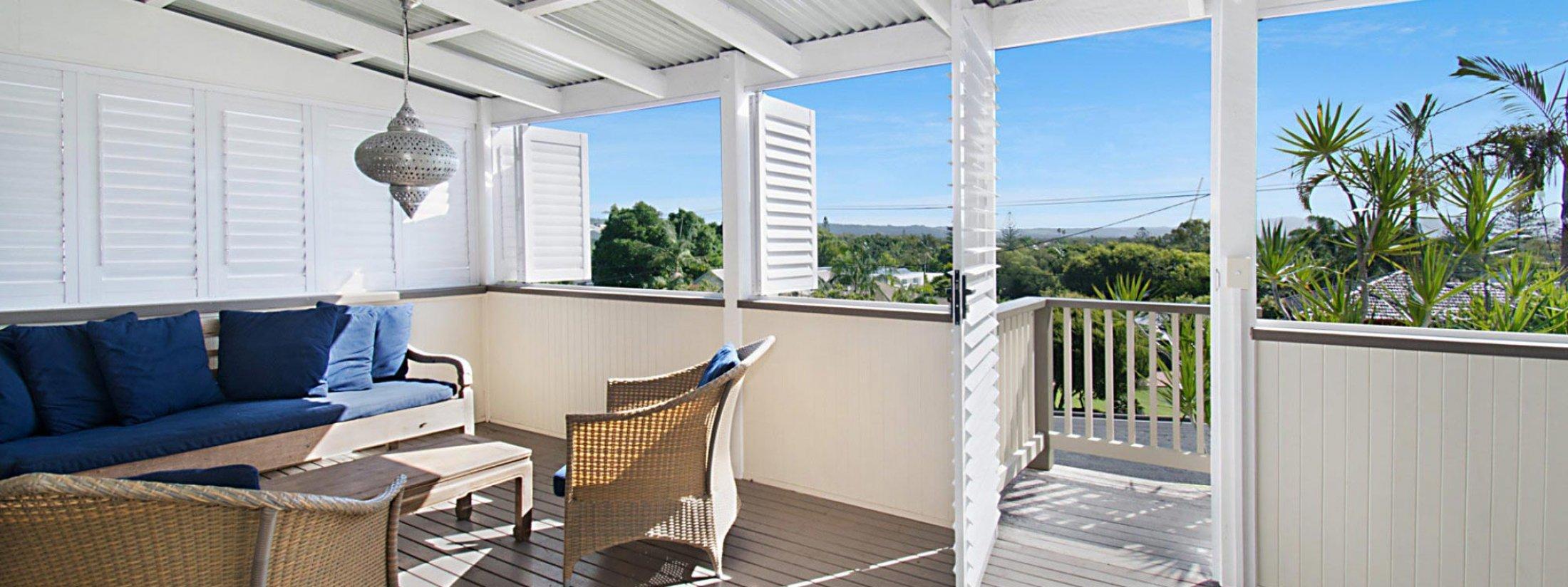 Byron View - Clarkes Beach - Front Deck West