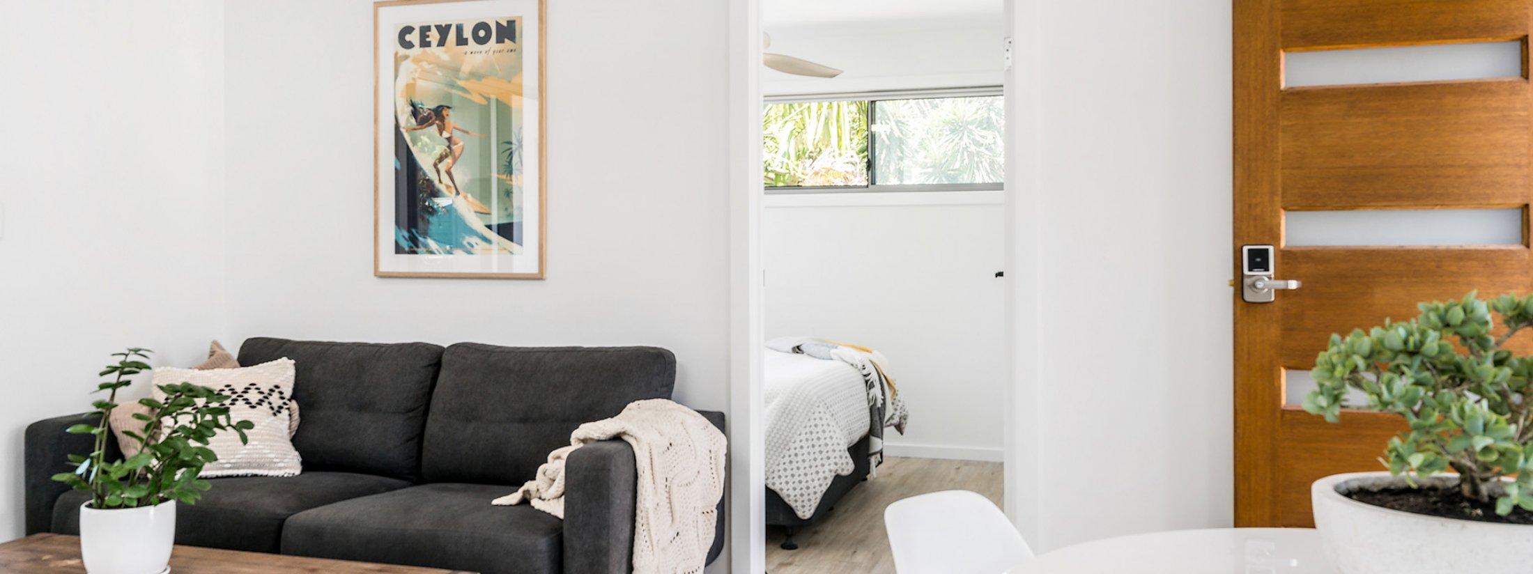 Caba Cabana - Cabarita Beach - Lounge Through to Bedroom 2