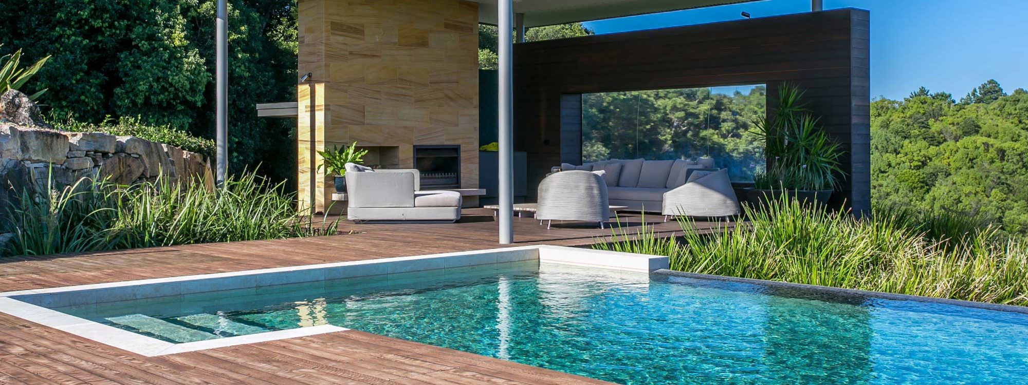 Callistemon View - Byron Bay Hinterland - Federal - infinity pool cabana