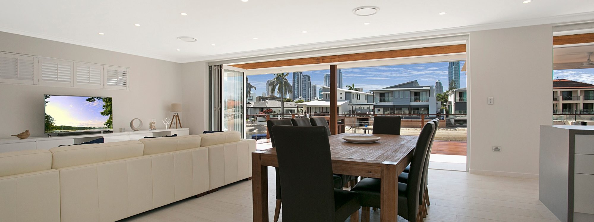 Capri Waters - Isle of Capri, Surfers Paradise - Dining area