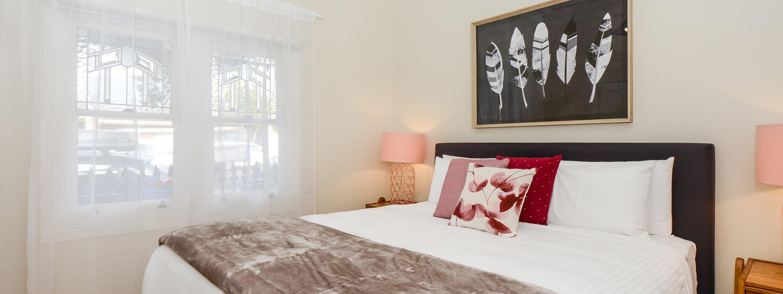 Carlton Terrace - Carlton - Master Bedroom c