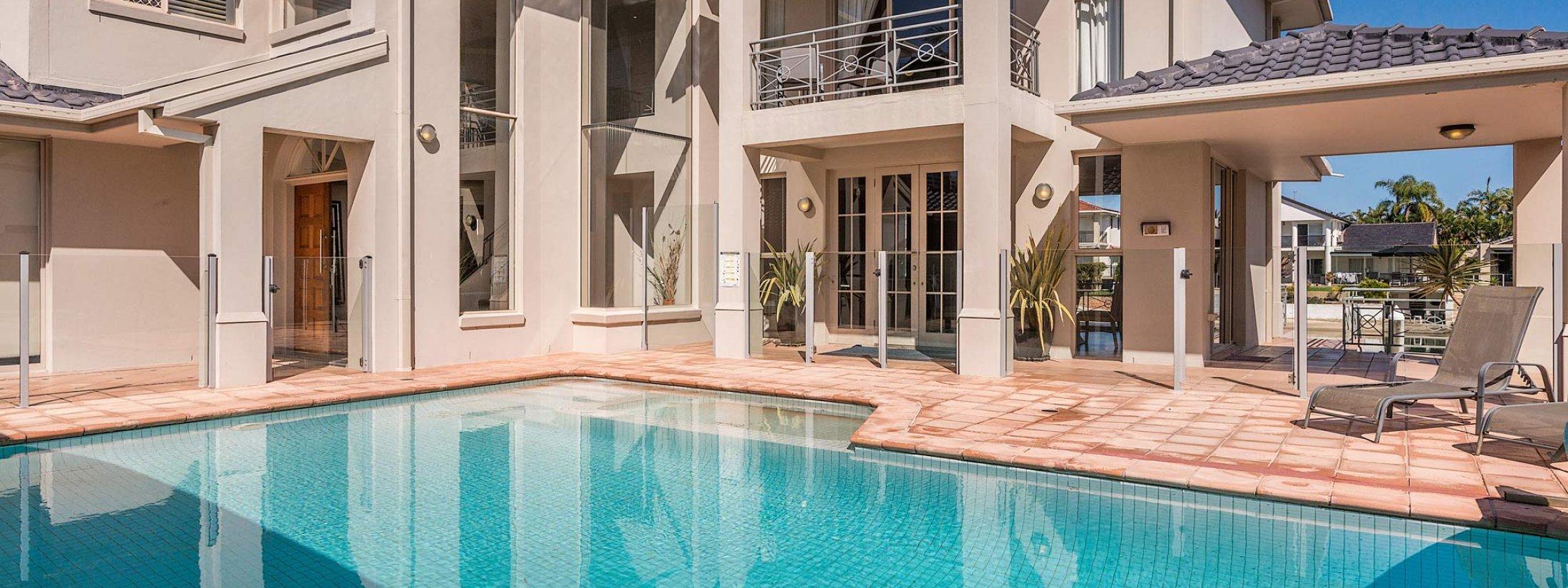 Casa Aqua - Gold Coast - Outdoor Pool Area b