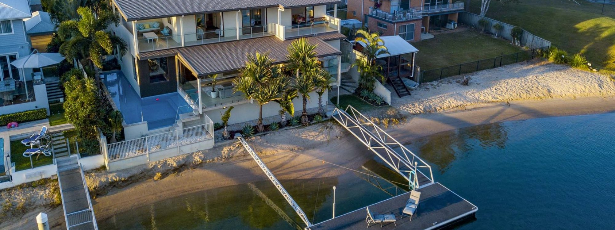 Casa Grande - Broadbeach Waters - Aerial Towards Property