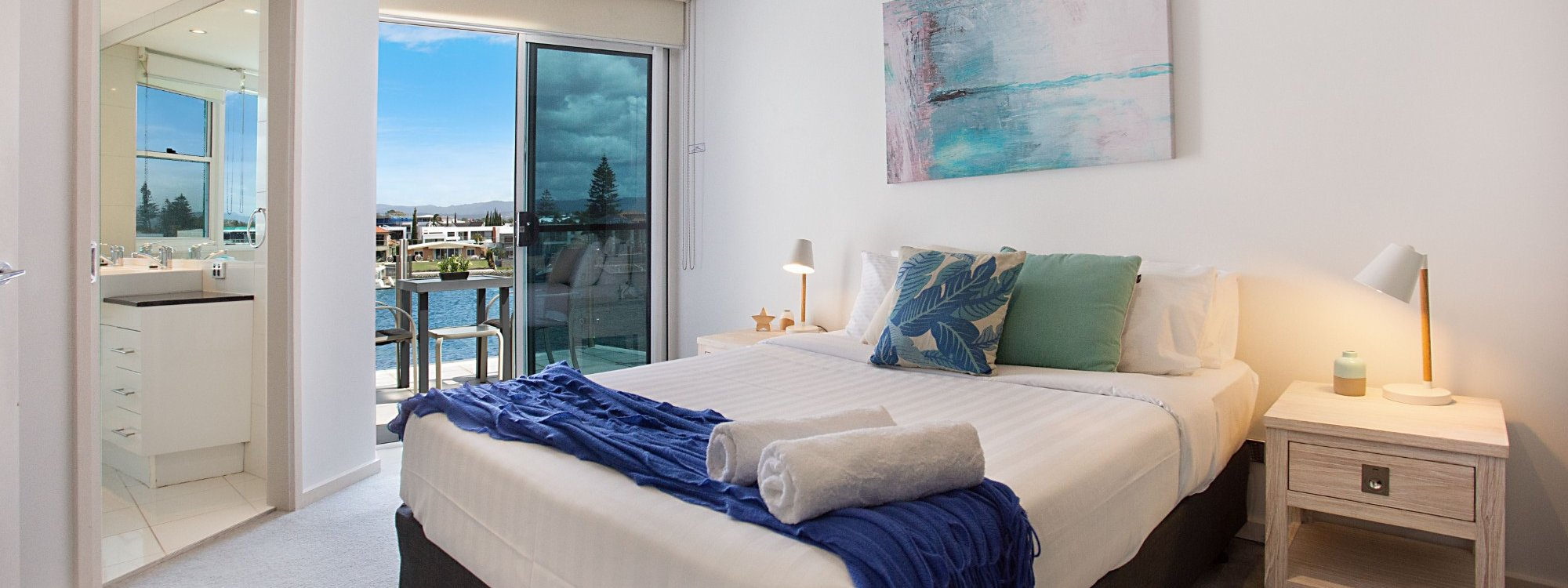 Casa Grande on the Water - Surfers Paradise - Bedroom