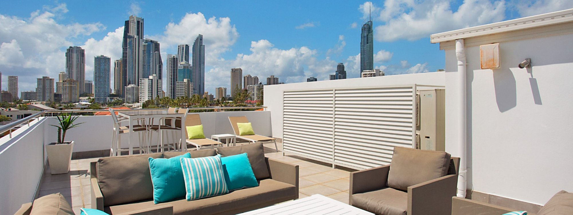 Casa Grande on the Water - Surfers Paradise - Rooftop Terrace Lounge area