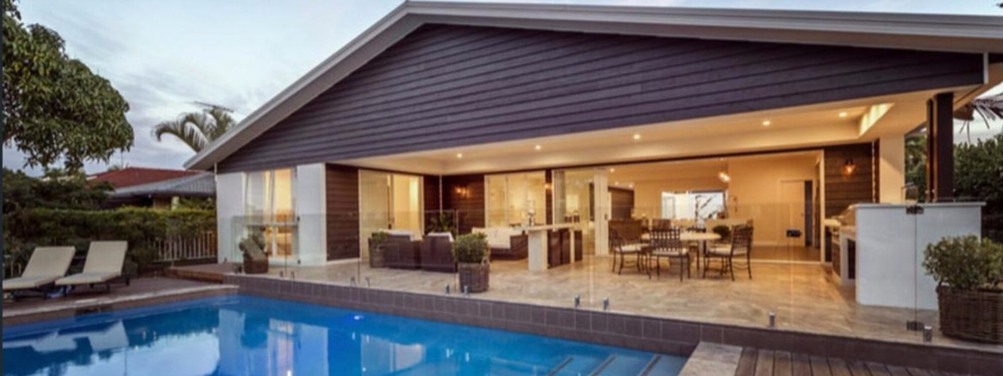 Casa Royale - Broadbeach Waters - Pool