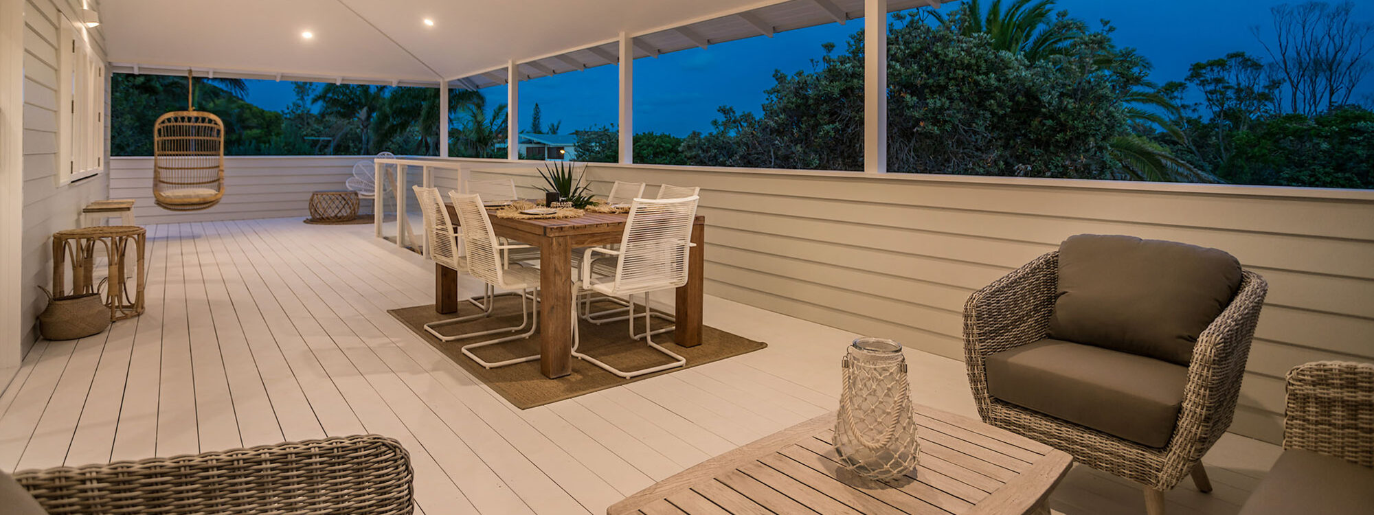 Castaway on Tallows - Byron Bay - Evening View of Upstairs Balcony Dining and Seating Area b