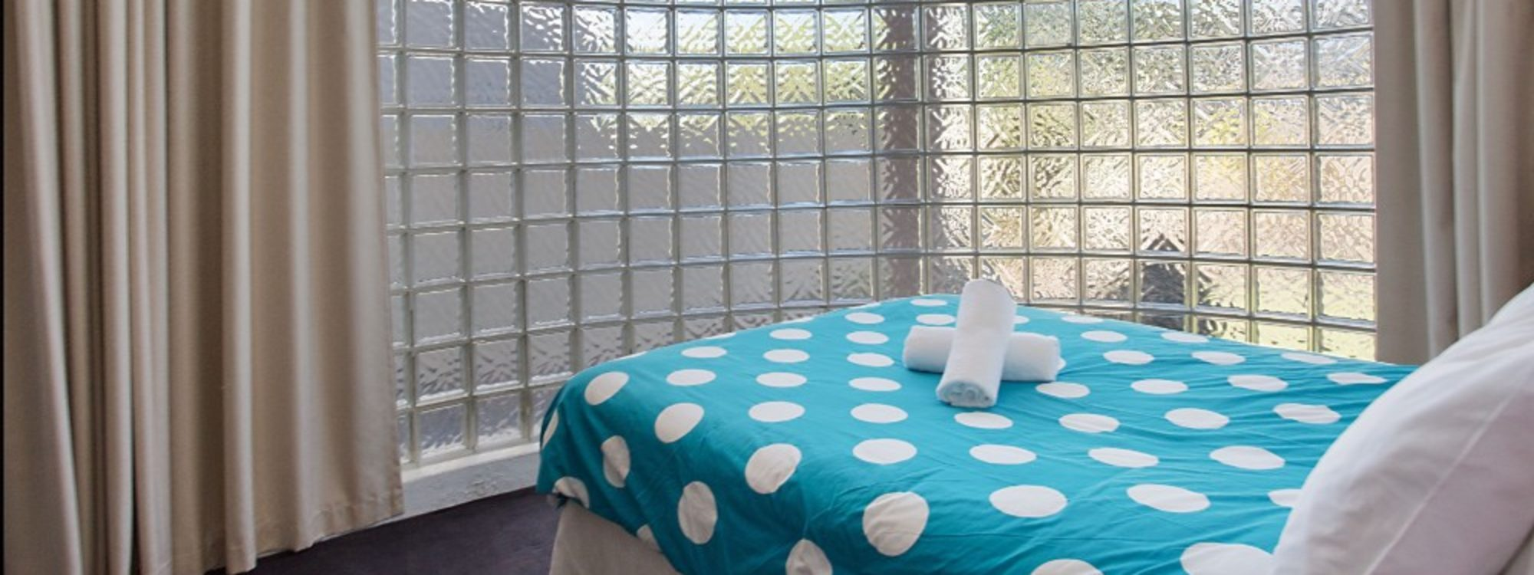 Chevron Oasis - Gold Coast - Bedroom 1