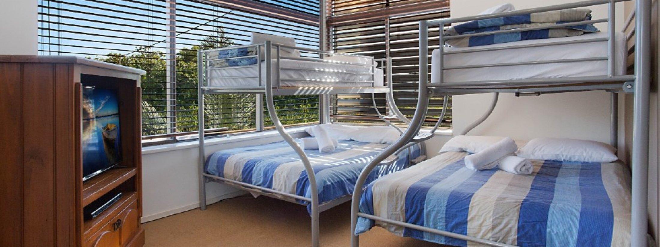 Chevron Oasis - Gold Coast - Bunk Bedroom
