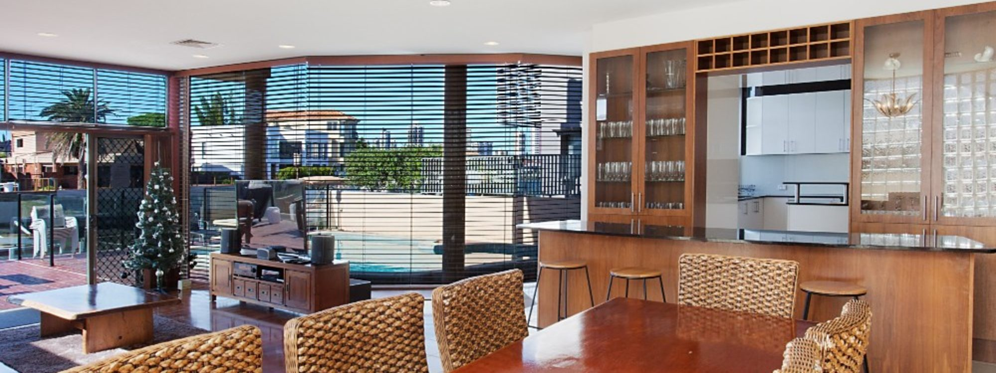 Chevron Oasis - Gold Coast - Dining Table and Bar
