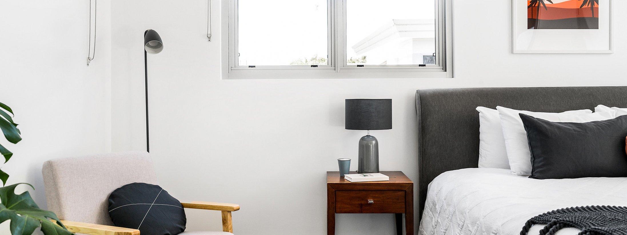 Clique 1 - Byron Bay - Bedroom 1 Master c