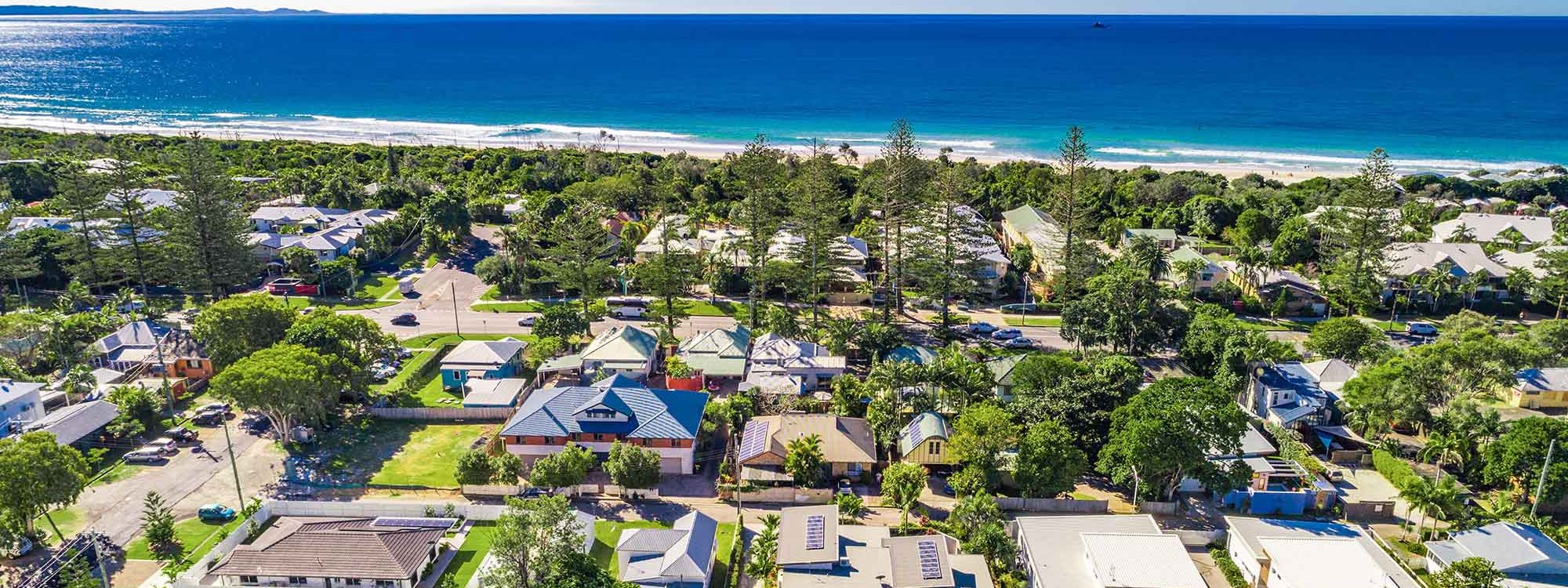 Clique 3 - Byron Bay - Aerial Towards Beach