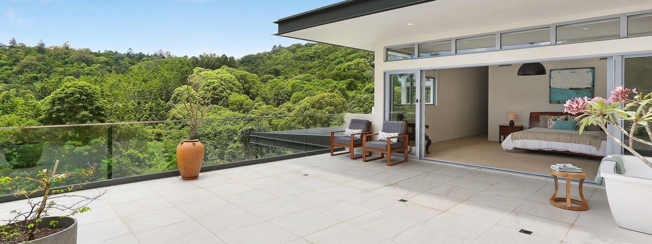Currumbin Heights - Currumbin - Master Bedroom and Private Balcony