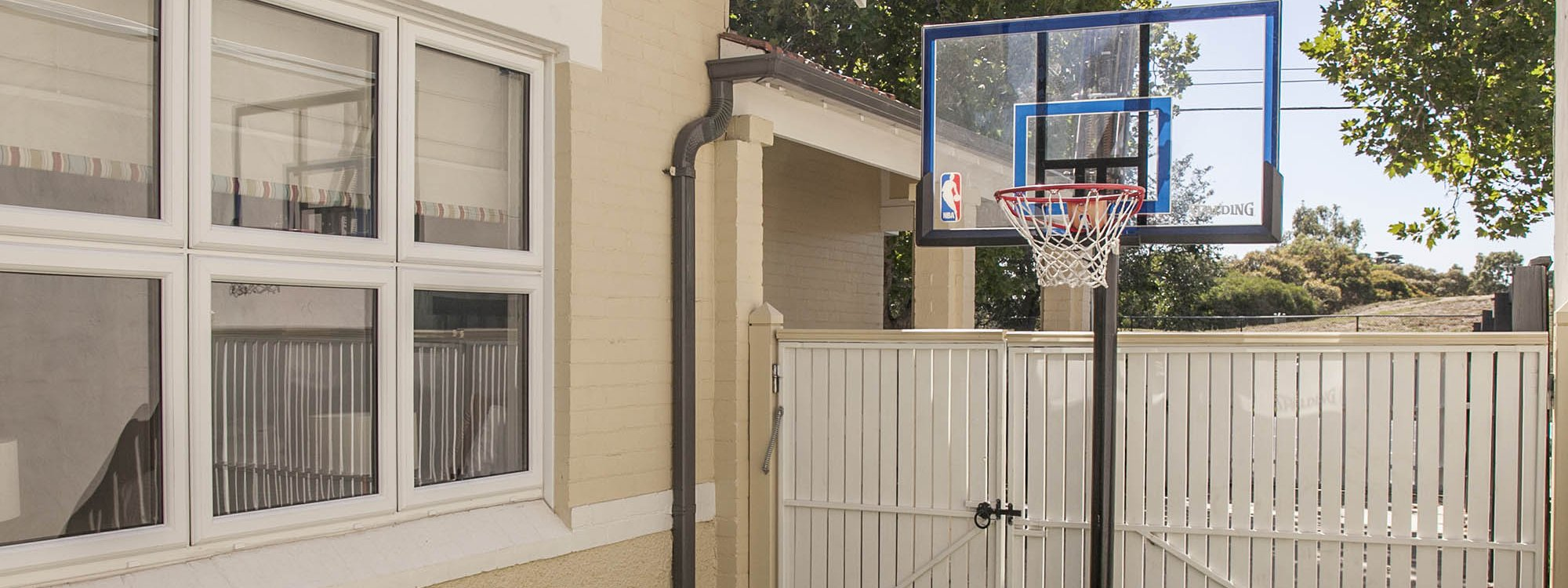 Elwood Beaches 3 - Elwood - Mini Basketball Area b