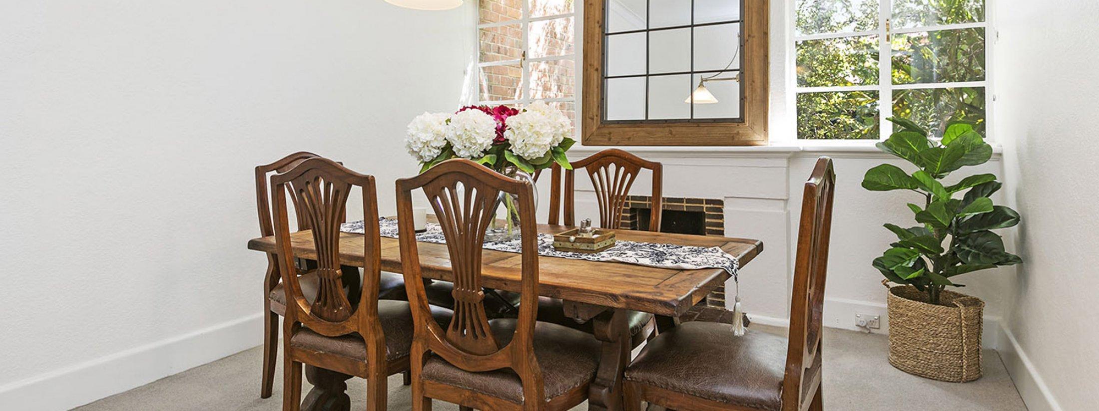 Frankies Place - Malvern - Dining Area