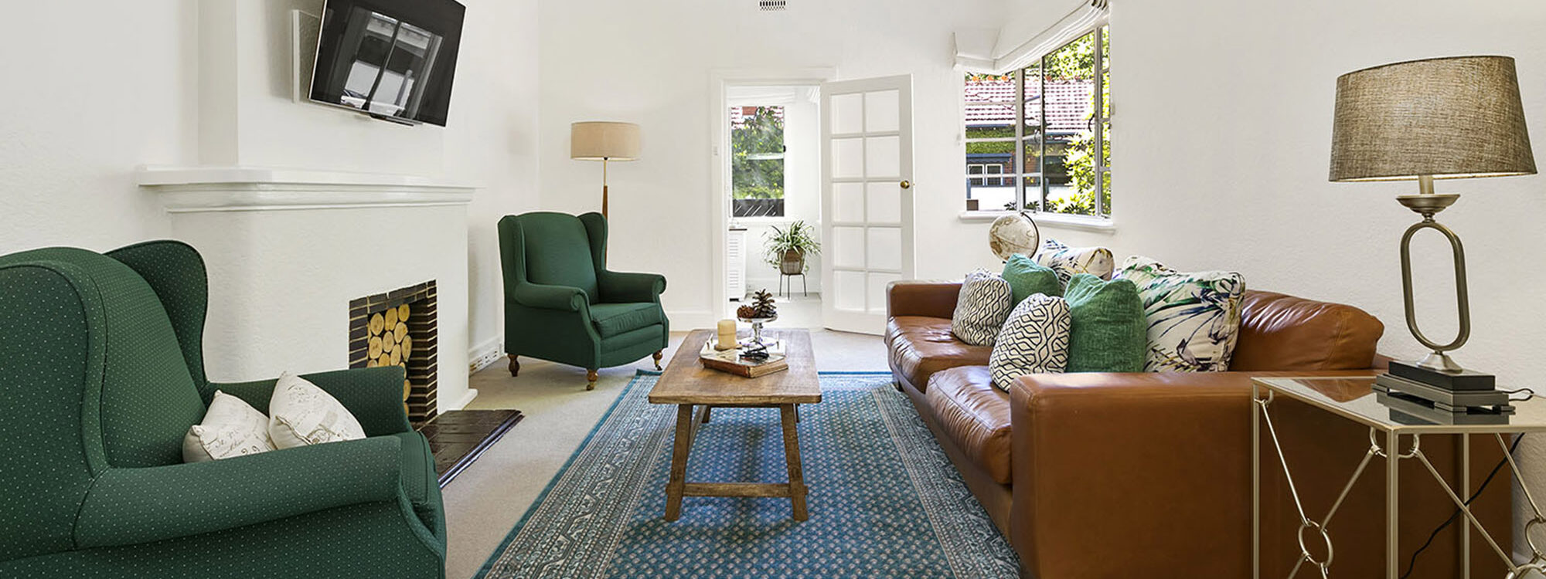 Frankies Place - Malvern - Living Room Area