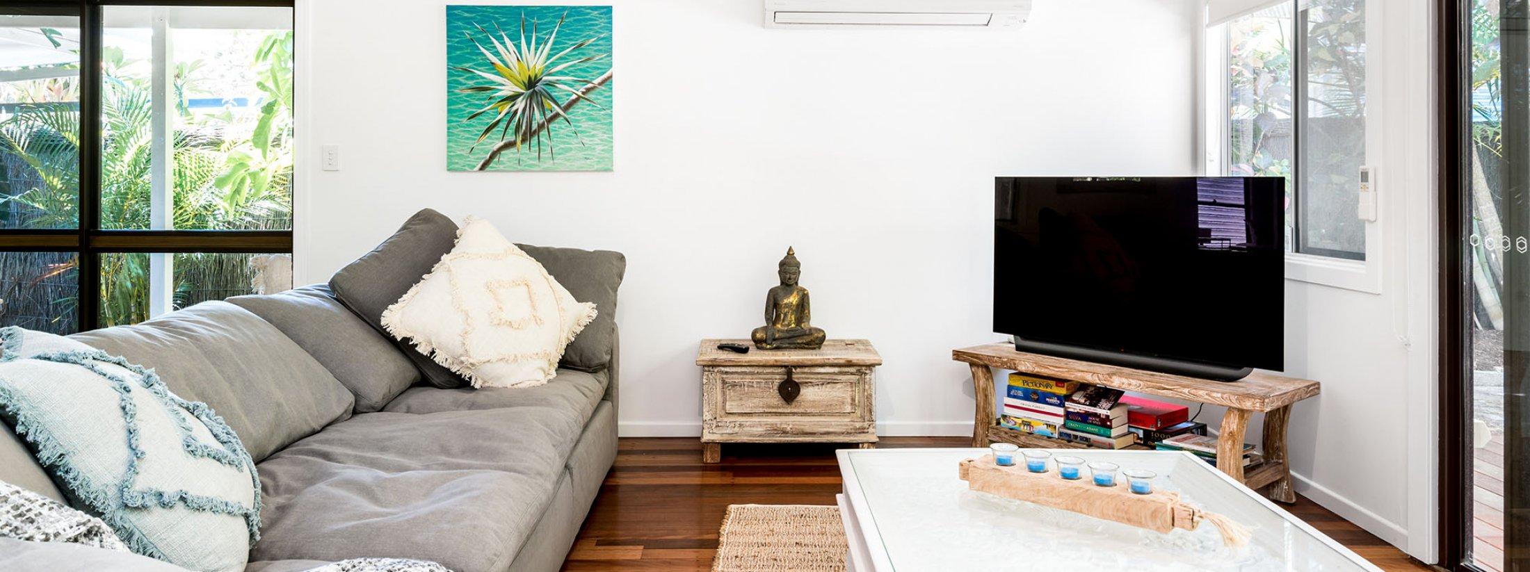 Gigis - Byron Bay - Living Area a