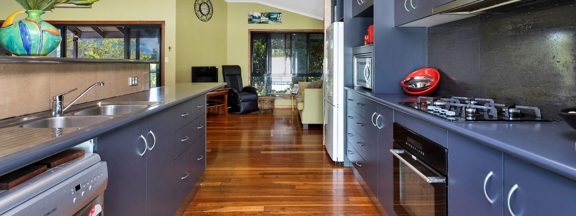 Jannah - Lennox Head - Kitchen to sitting area