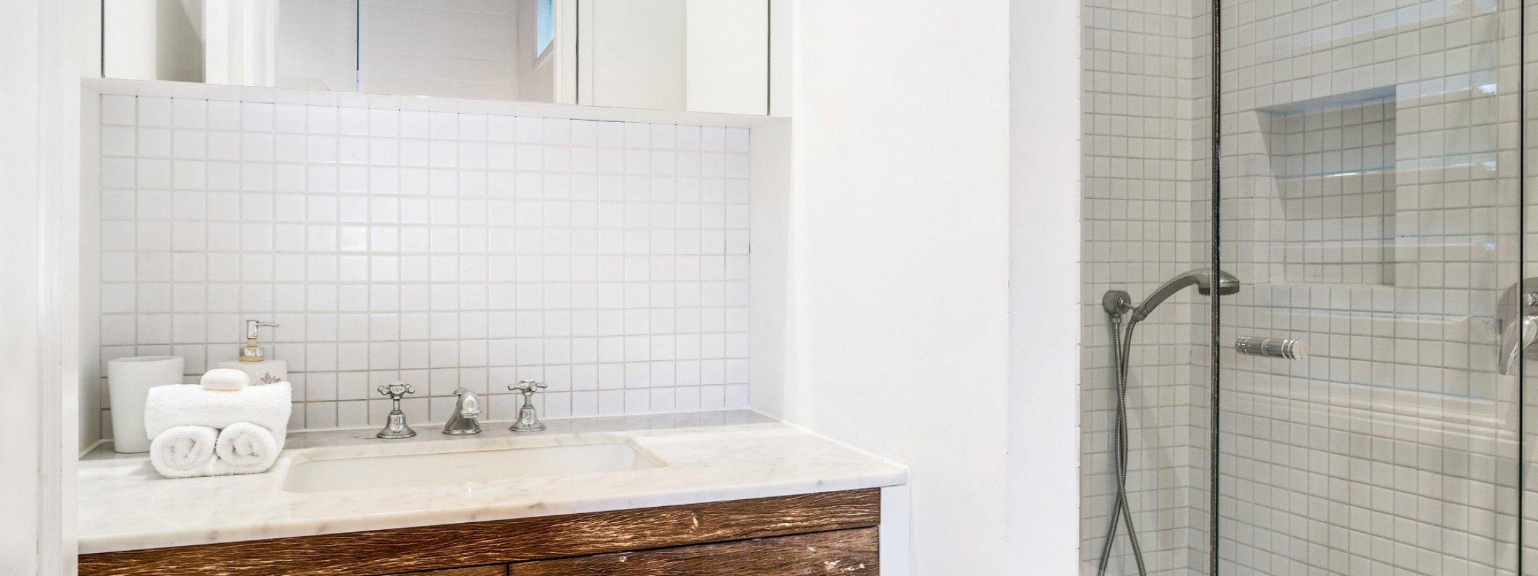 Kia Ora - Byron Bay - Master Bathroom