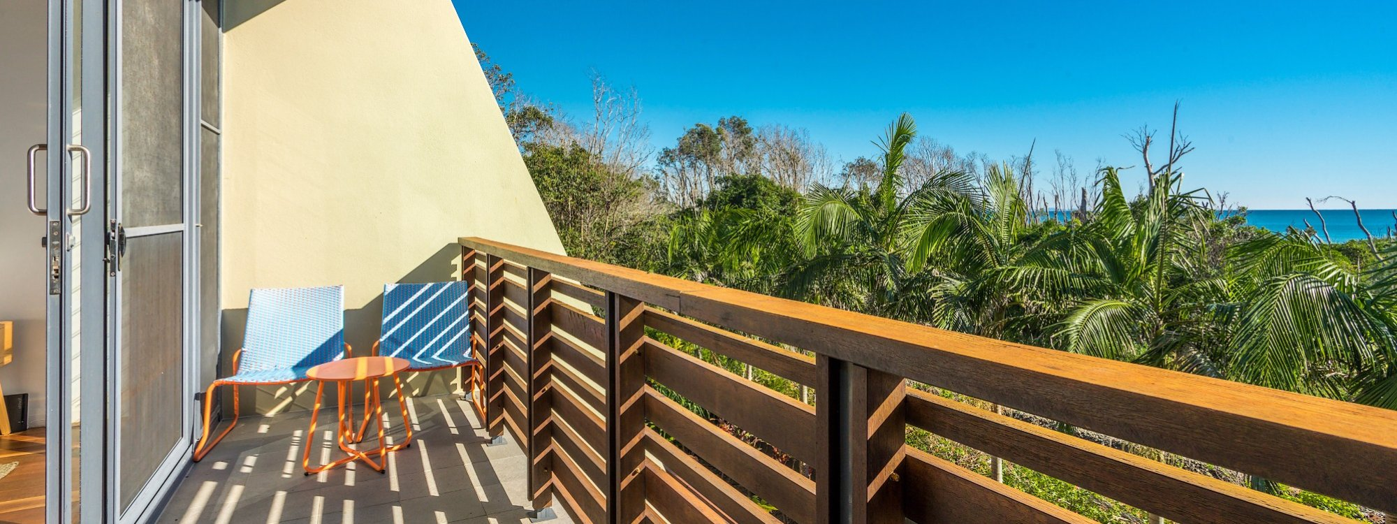 Kiah Beachside - Belongil Beach - Byron Bay - master bedroom deck area