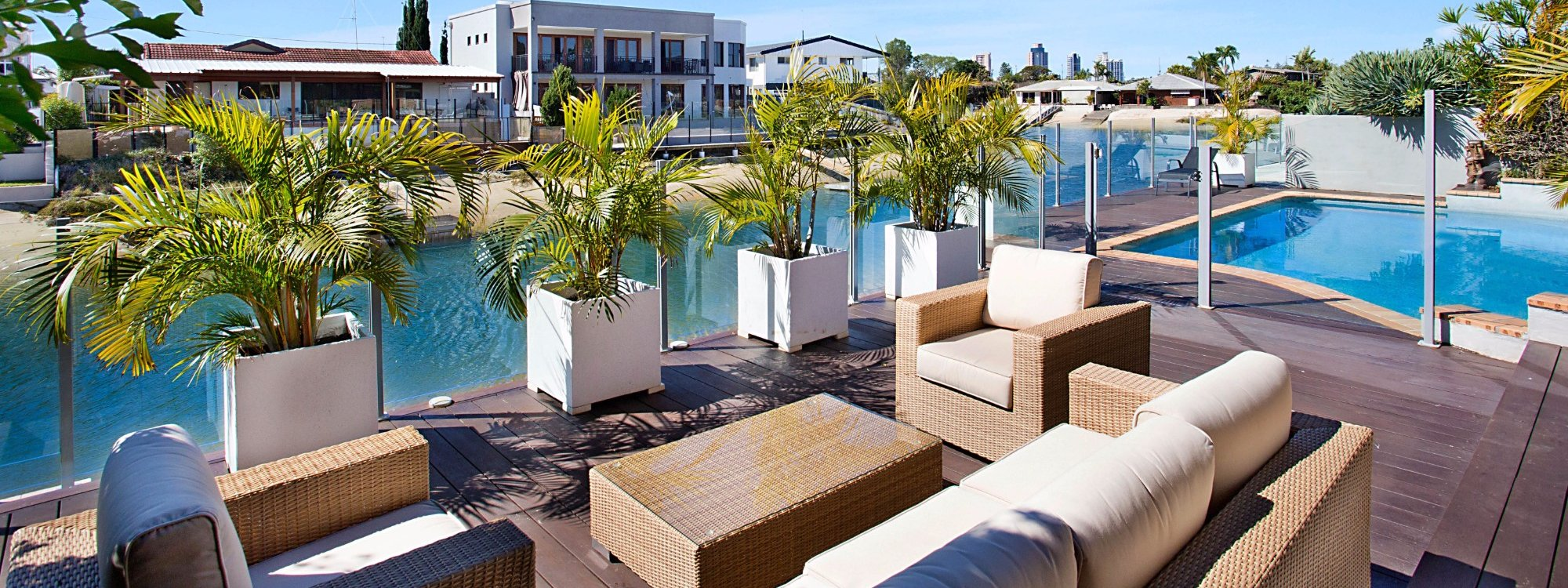 La Vida - Broadbeach Waters - Outdoor Entertainment Area