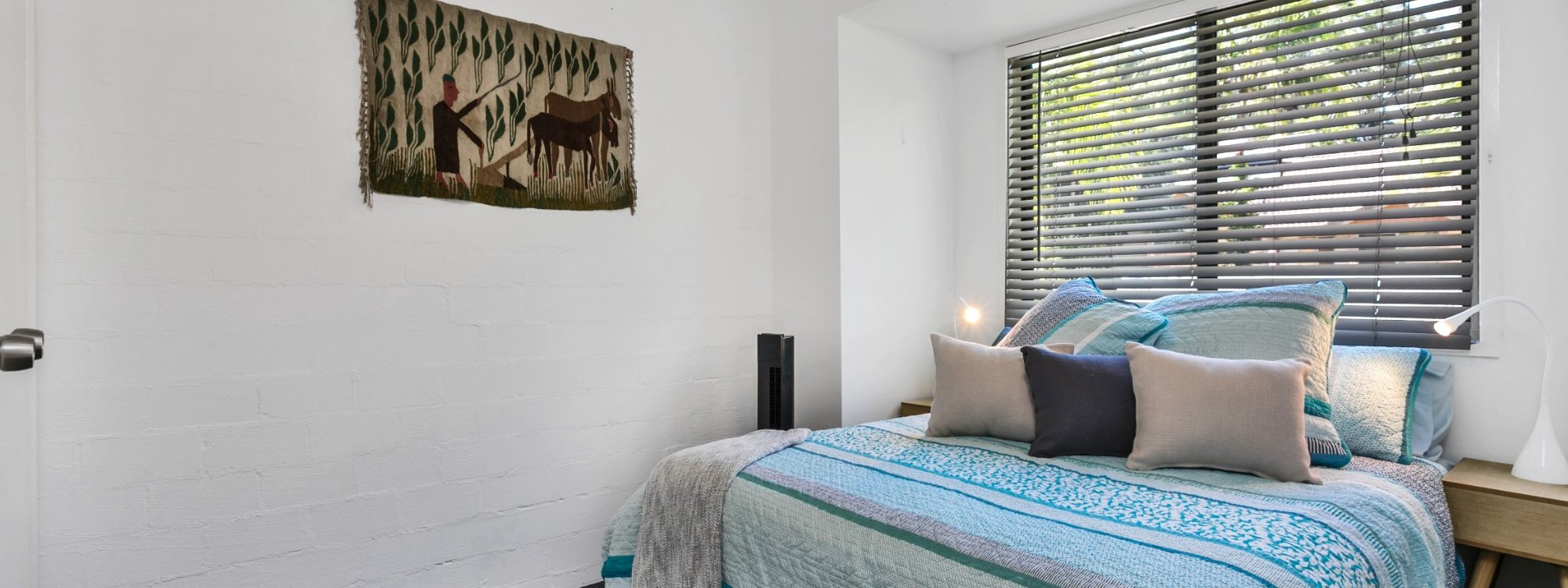 Mahogany Lodge - Byron Bay - bedroom 3 queen room