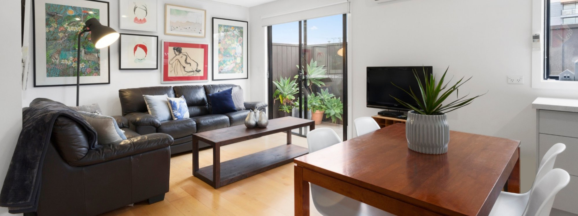 Manallack Apartments Boyd - Melbourne - Living Dining Area 1