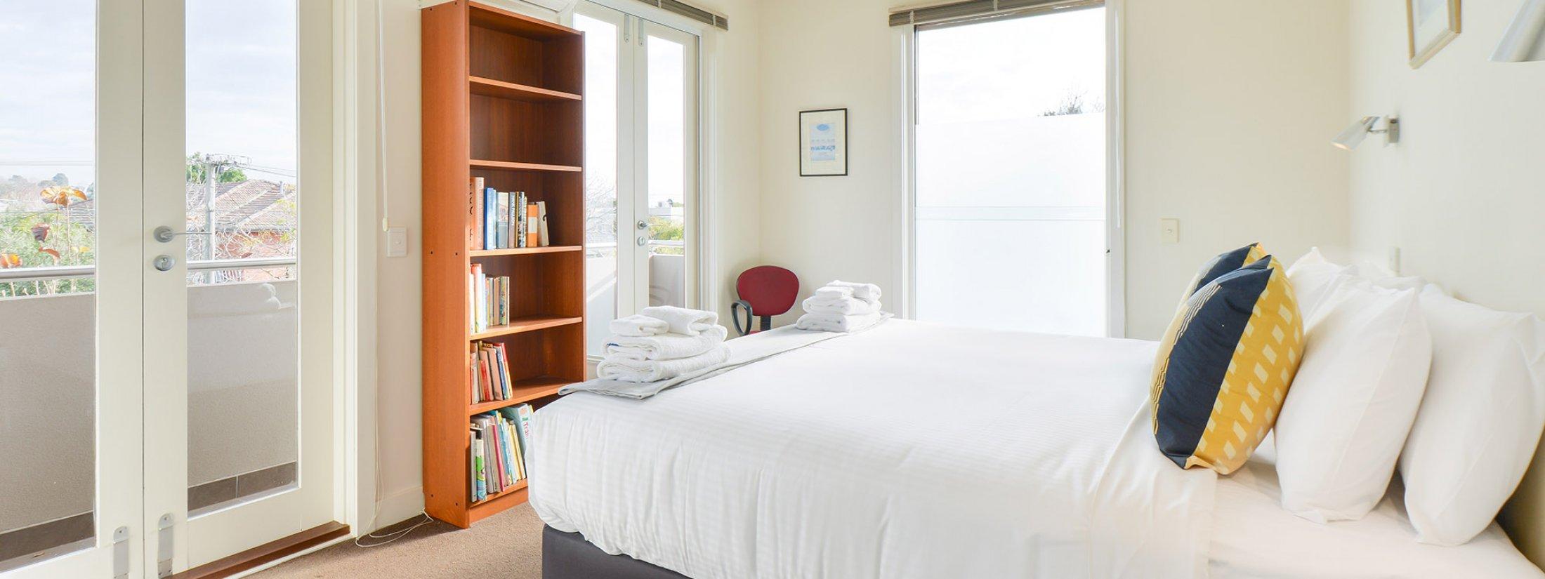 Maple on Kent - Glen Iris - Bedroom 2b
