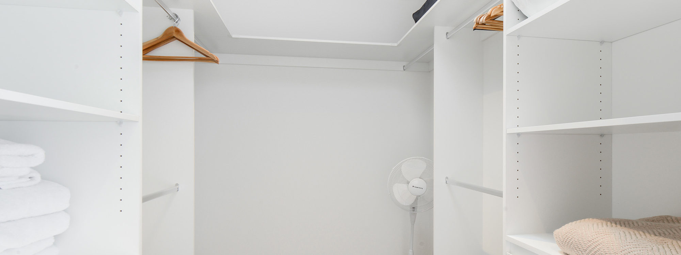 Murrumbeena Place 1 - Murrumbeena - Walk-in Closet