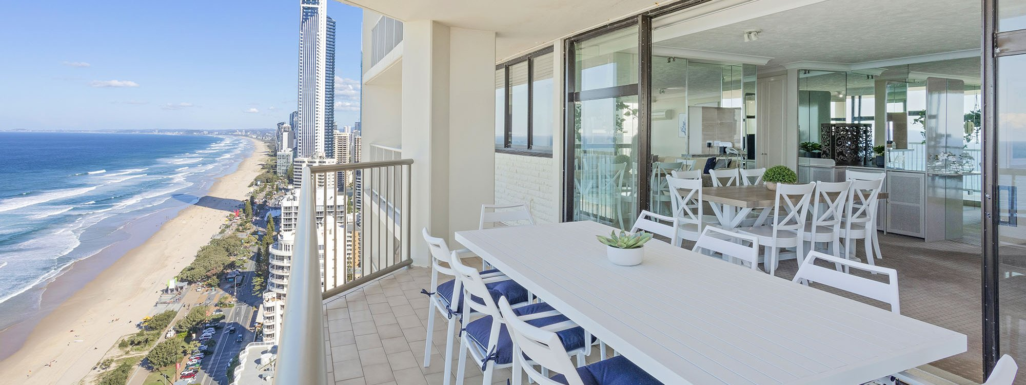 Northstar at Imperial Surf - Gold Coast - Balcony Dining and View c