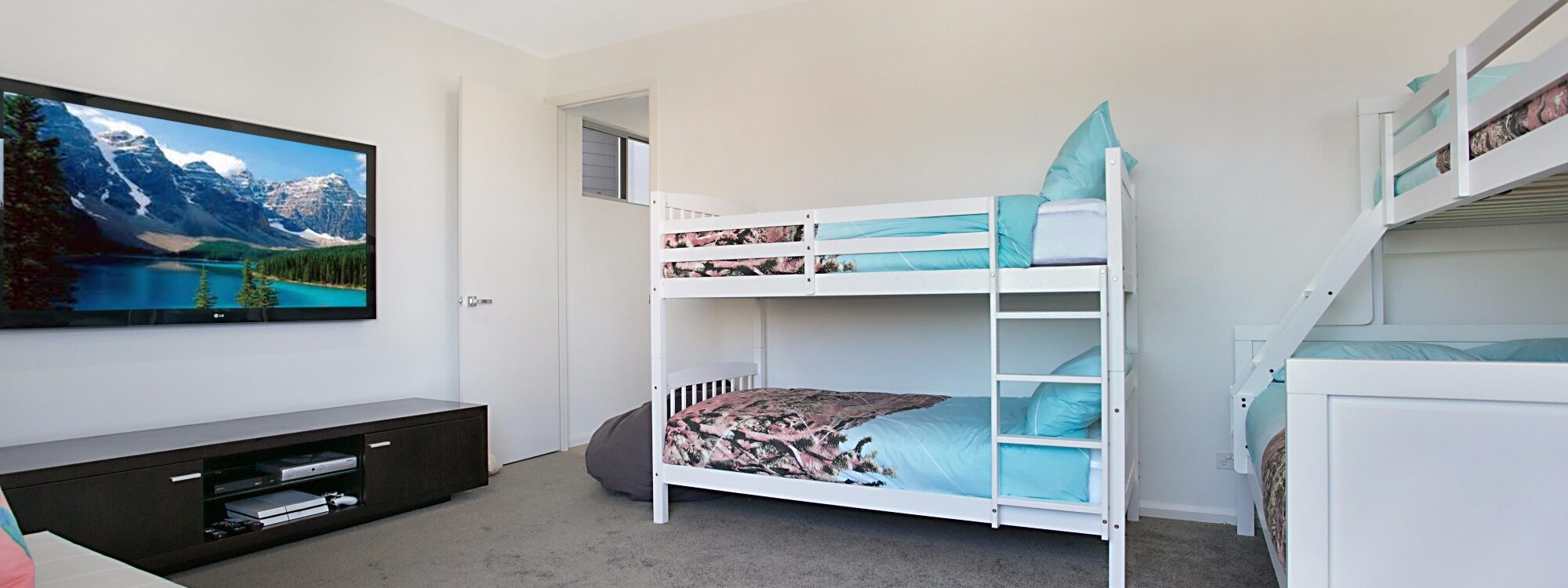 Pacific Breeze - Broadbeach - Bedroom 3 a kids room
