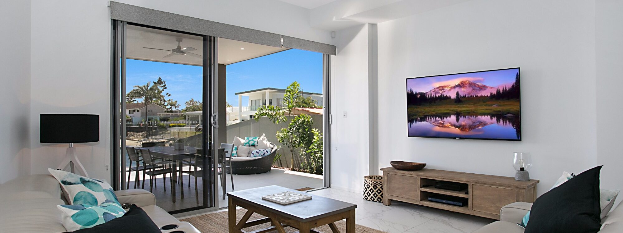 Pacific Breeze - Broadbeach - Living area
