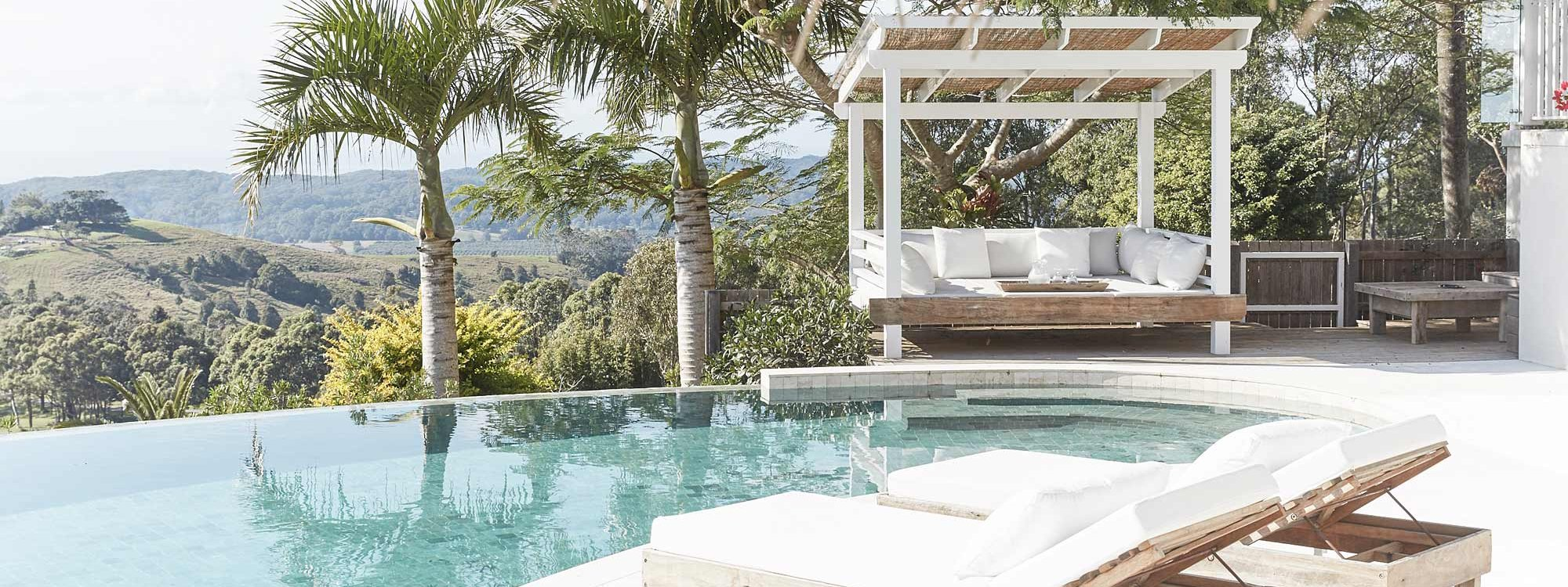 Picadilly House - Byron Bay - Pool Chairs and Cabana
