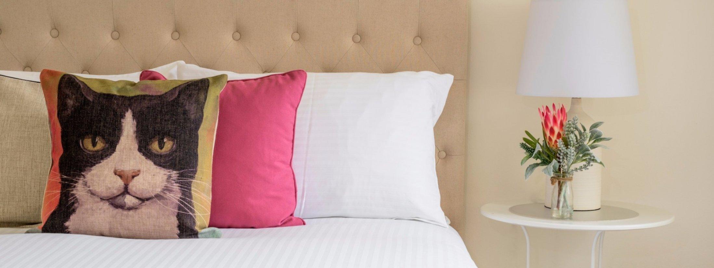 Riversdale Cottage Melbourne - Queen bedroom