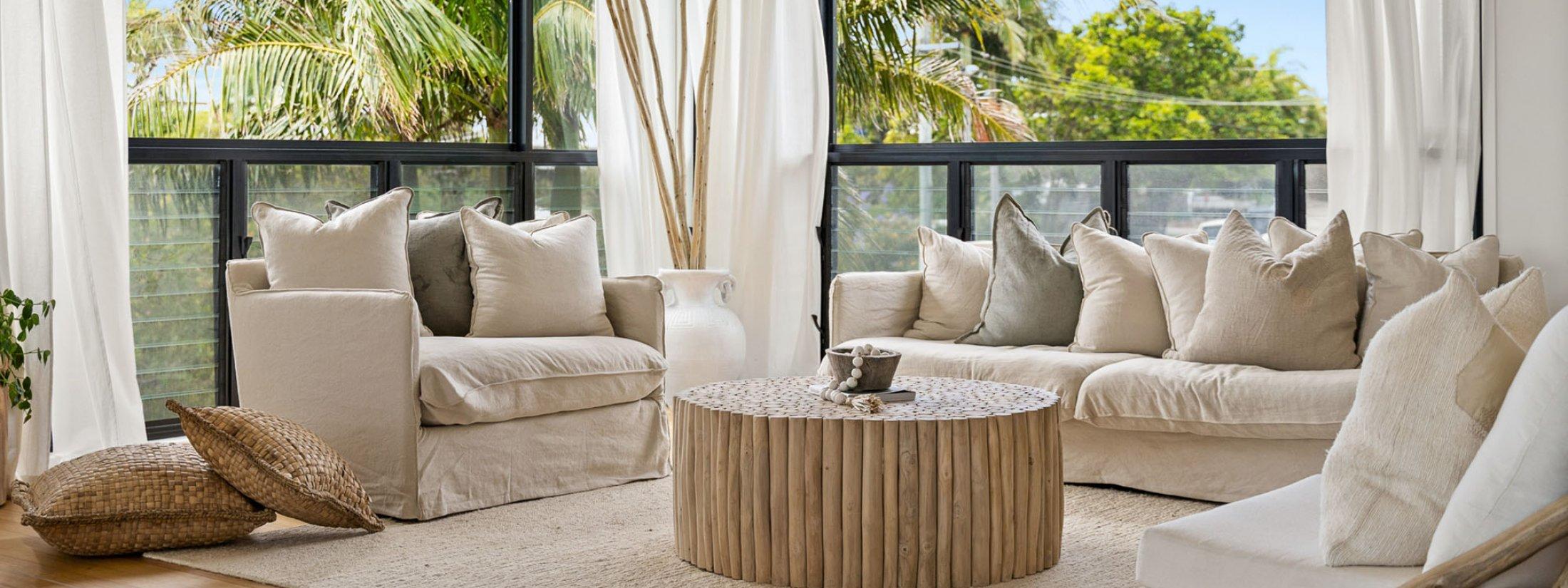 Salta - Byron Bay - Living Room