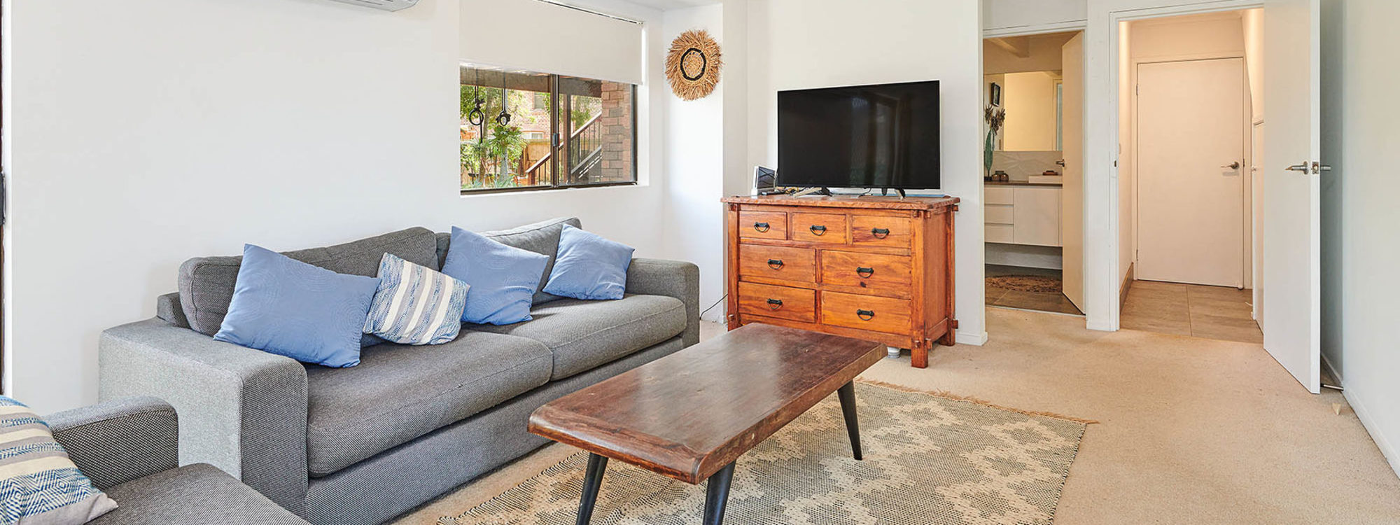 Sea Breeze - Lennox Head - Downstairs Living b