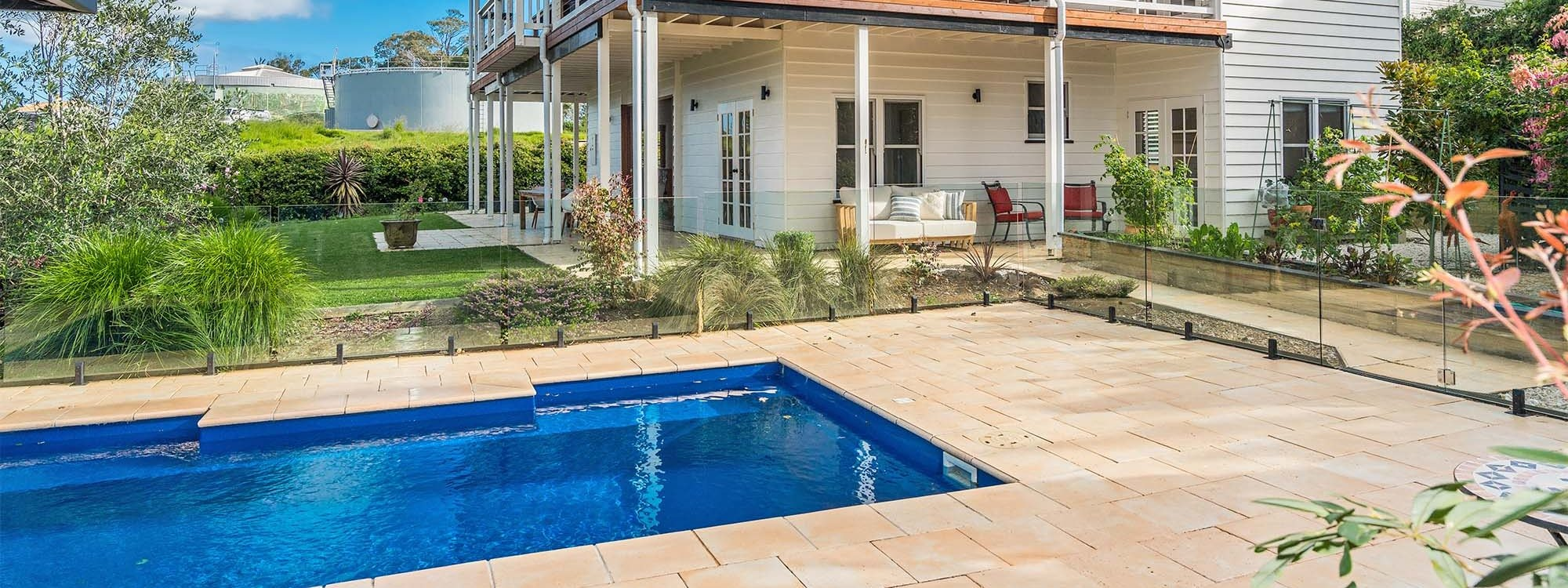 Serenade - Bangalow - Pool and House