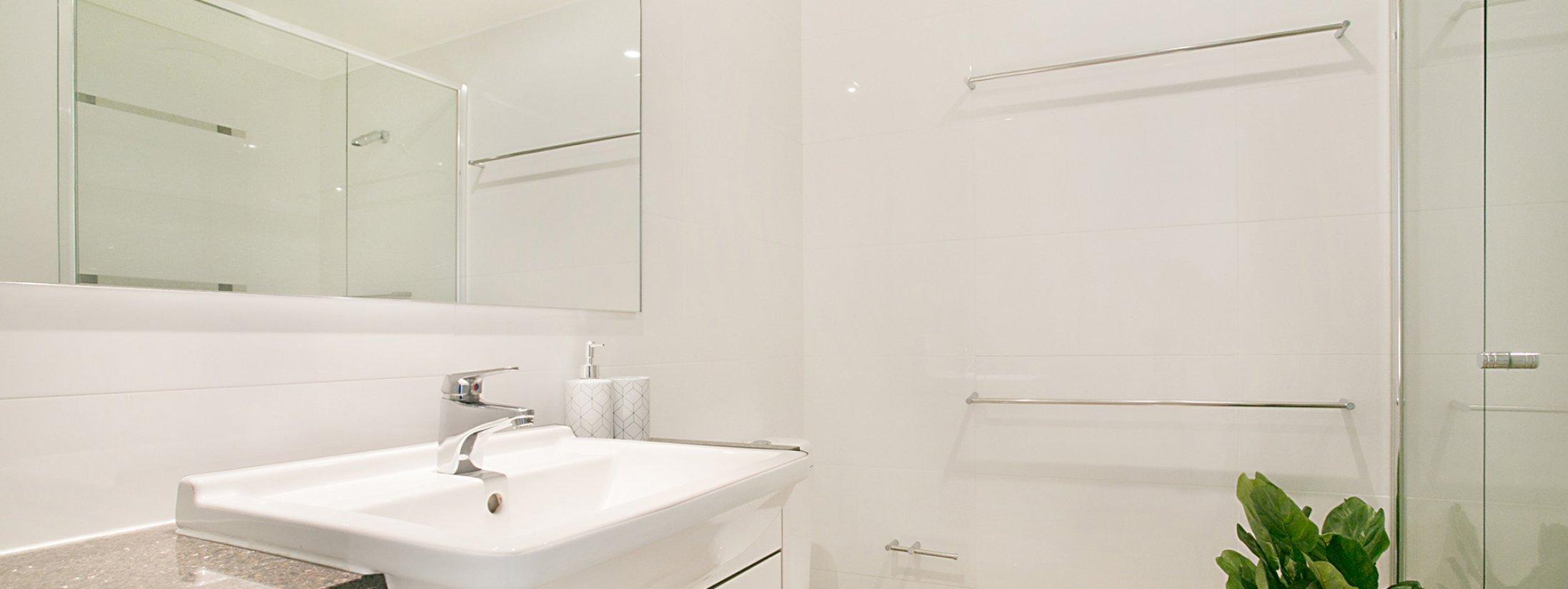 Sierra Grande - Broadbeach - Bathroom