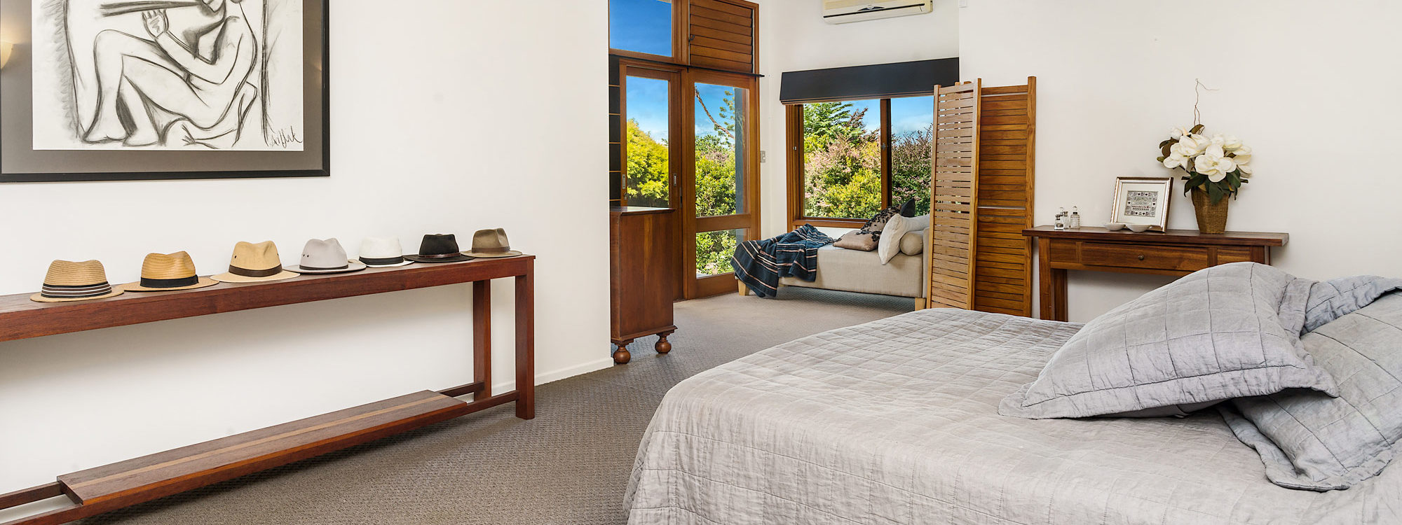 Stone and Grove - Byron Bay - Ewingsdale - Master bedroom