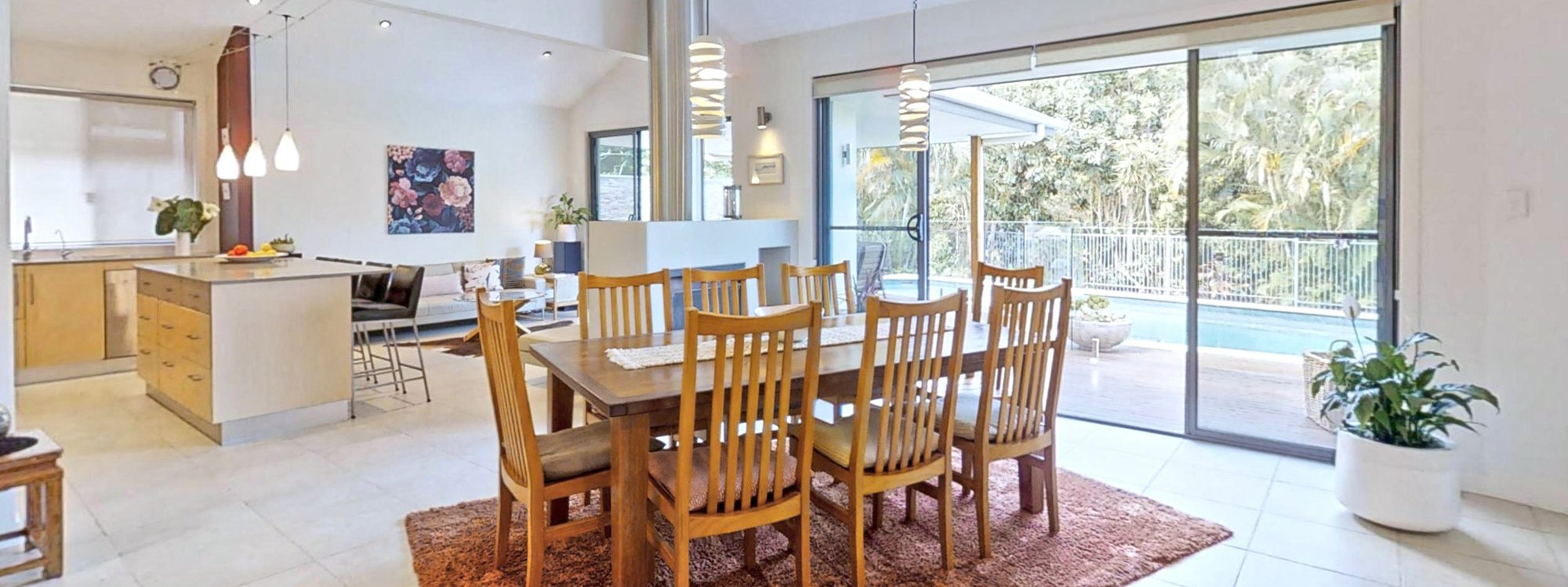 Sunnyside Up - Byron Bay - Dining Area Looking Over to Living Area and Kitchen