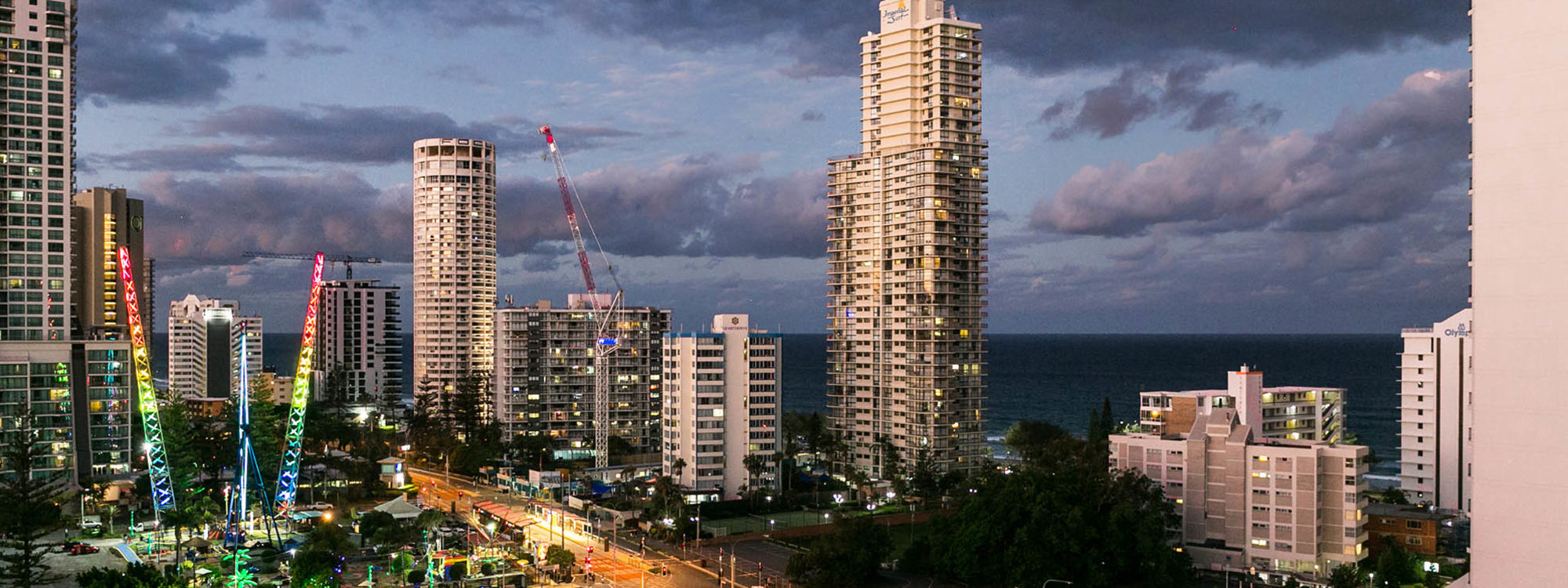 Surf Moon - Surfers Paradise - Twilight View North