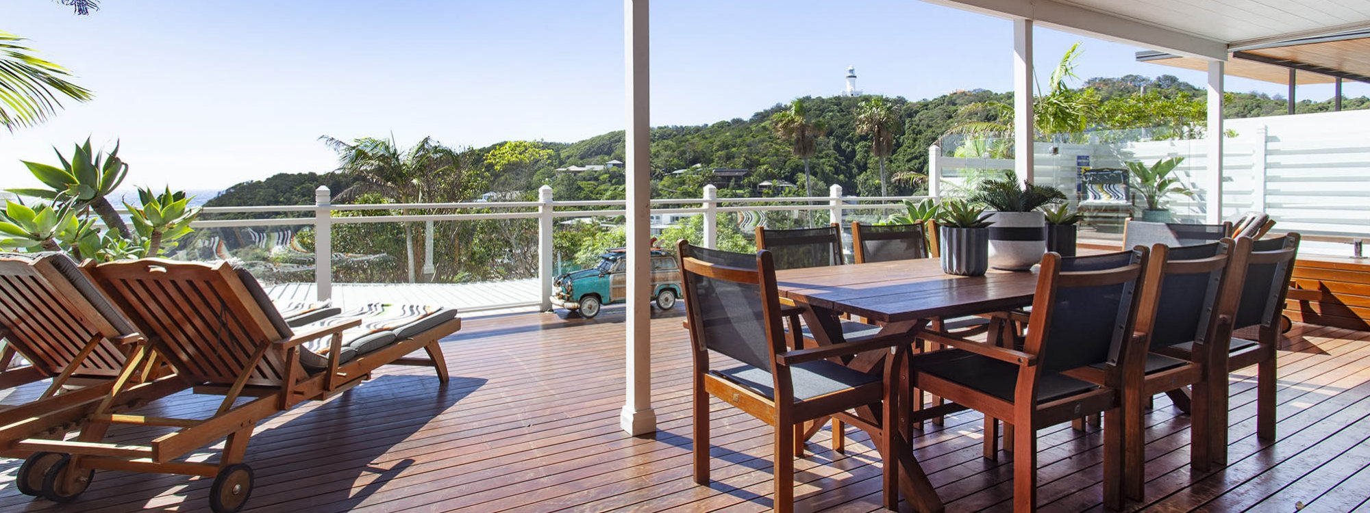 The Palms at Byron - Byron Bay - Main Floor Deck and View of Lighthouse